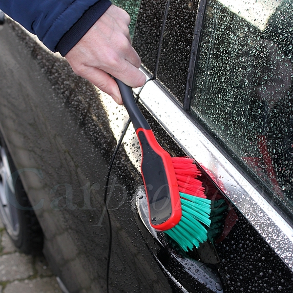Car-Clean-Package---Profi---Kleine Felgenbürste